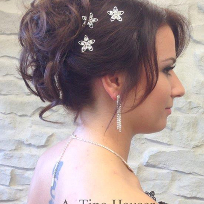 Brautfrisur mit Curlys